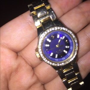 walmart brand Jewelry - A watch that glistens with diamonds